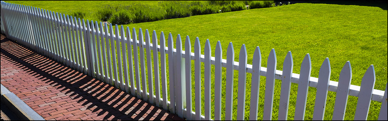 Toledo Picket Fence Construction and Installation